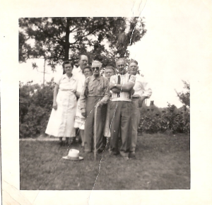 Children of Louis L. Howes at reunion circa 1950